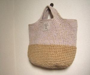 ウール&ジュートのハンドバッグ