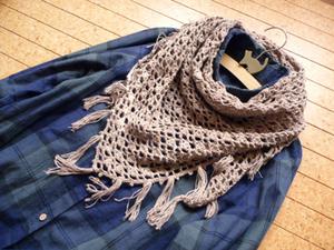 透かし編みショール