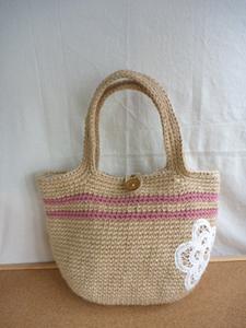 ピンクラインのお花畑バッグ