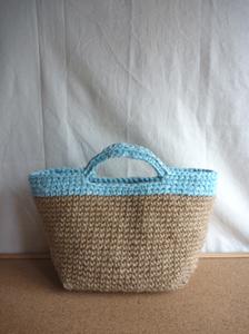 久々の裂き編み